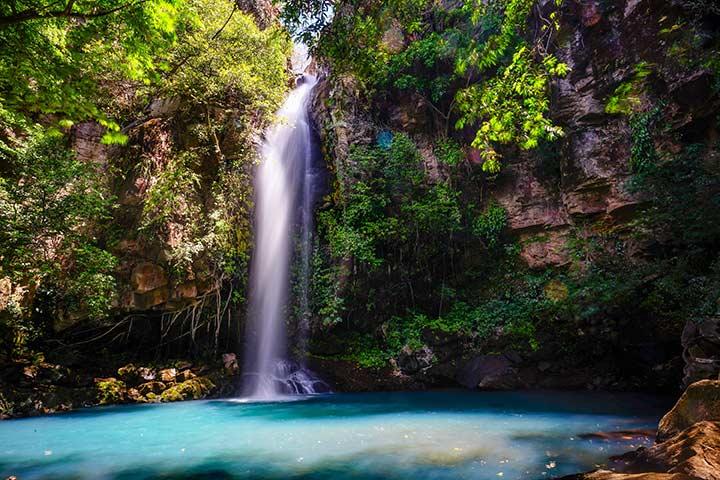 Cascades - Costa Rica by CBA